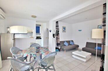 costabrava immo: villa 2 pièces 81 m², grande pièce à vivre avec cuisine américaine