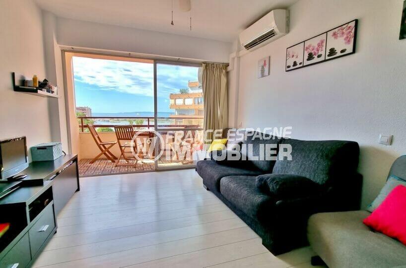 appartements a vendre a rosas: studio 35 m² terrasse exposition sud, climatisation
