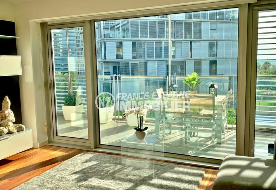 vente appartement costa brava,160 m², luxe, 3 chambres, terrasse avec vue sur la ville, aménagée