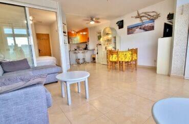 appartement a empuriabrava a vendre, 40 m² 2 chambres, salle à manger avec cuisine américaine