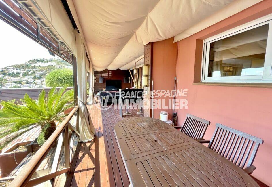 roses immobilier: villa 227 m² 3 chambres, grande terrasse couverte