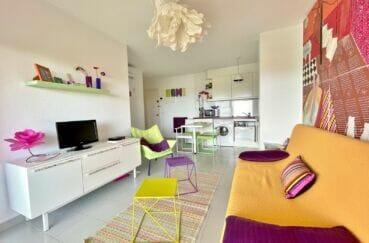 appartement à vendre rosas, 2 pièces 46 m², séjour avec coin repas et cuisine ouverte