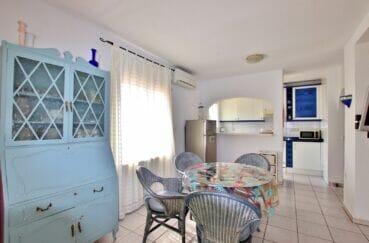 vente maison costa brava, 2 pièces 81 m², espace repas dans la pièce principale