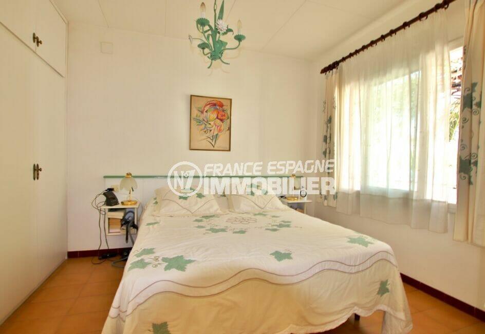 acheter a rosas: villa 55 m², première des trois chambres avec penderie intégrée