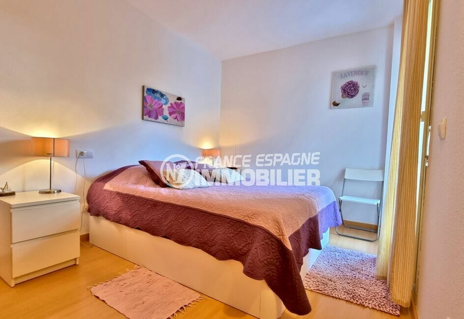 appartement à vendre rosas, 81 m², première des deux chambres avec lit double