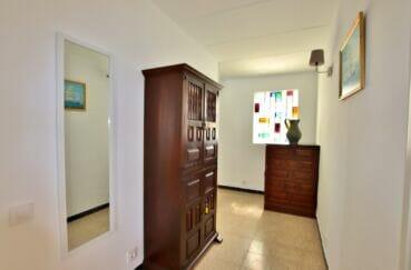 vente appartement costa brava, 62 m² 2 chambres, couloir menant aux chambres