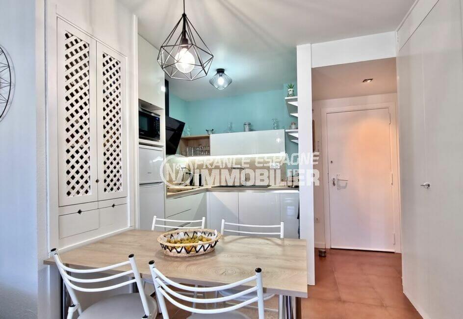 achat appartement rosas, 2 pièces 48 m², cuisine ouverte aménagée et équipée