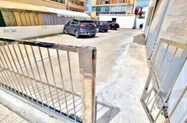 costa brava immobilier: appartement 2 pièces 47 m² rénové, parking communautaire fermé