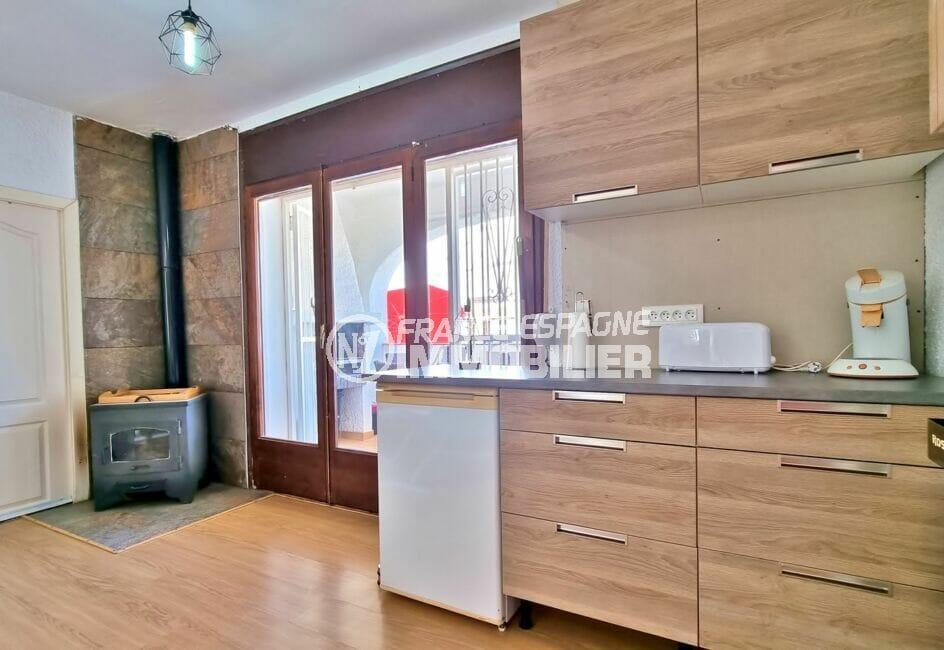 vente immobiliere rosas espagne: villa 3 chambres 101 m², poêle à bois dans le séjour