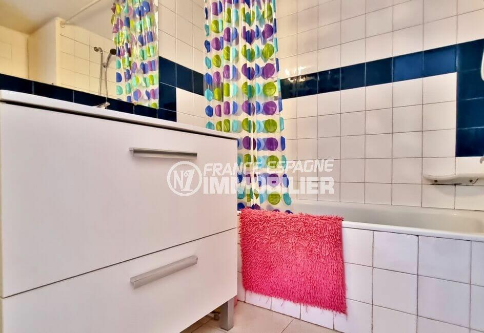 acheter appartement rosas: studio 35 m² avec salle de bain (baignoire)