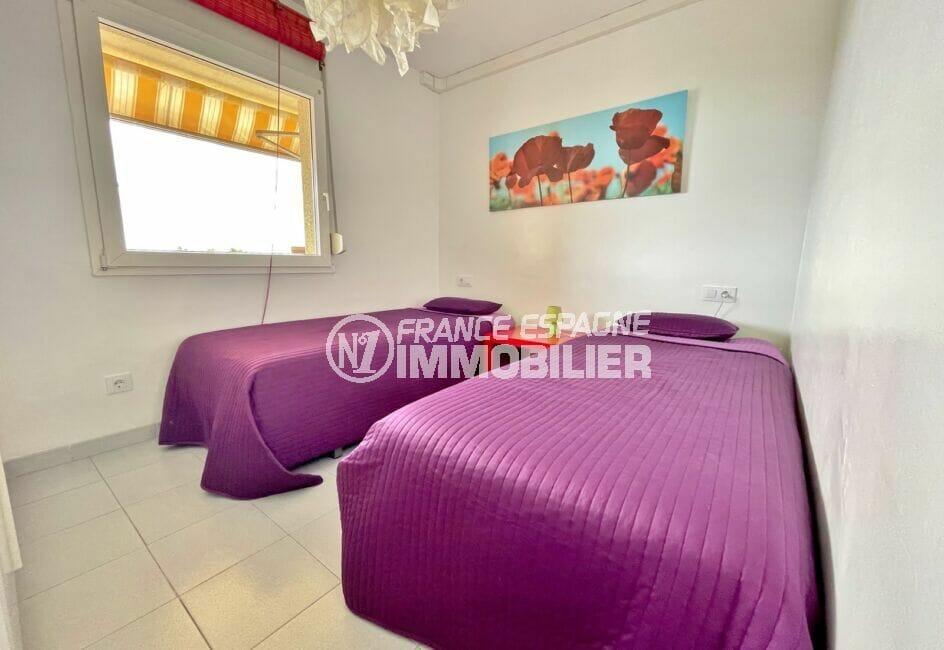 appartement à vendre à rosas, 2 pièces 46 m², chambre avec lits jumeux