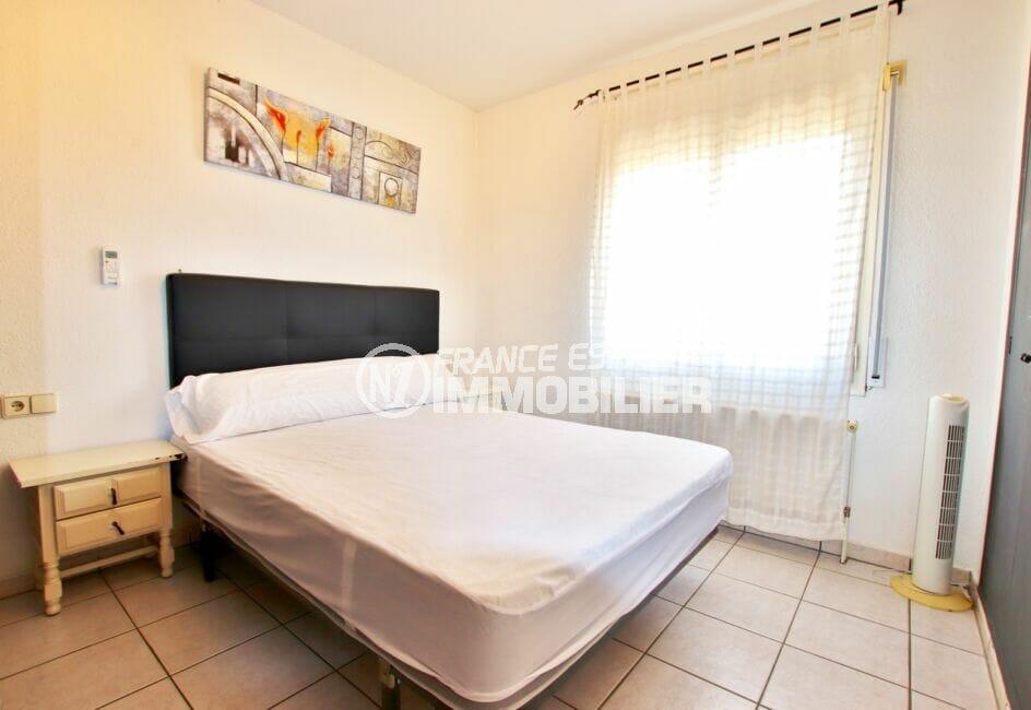 vente immobiliere costa brava: villa 2 pièces 81 m², chambre avec penderie intégrée