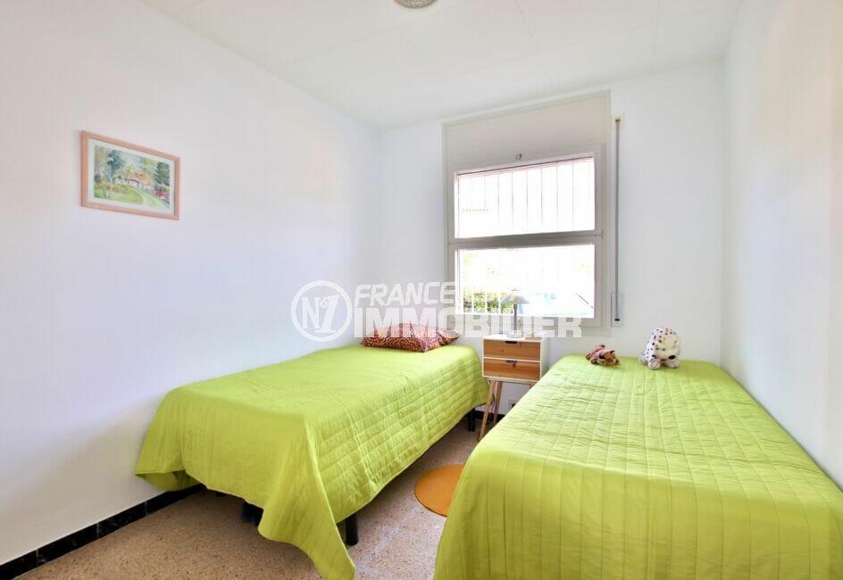 acheter appartement rosas, 62 m² avec 2° chambre lumineuse, 2 lits simples