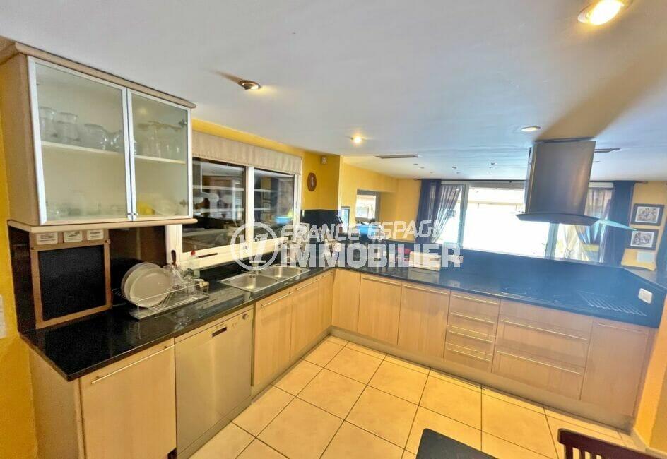 vente immobiliere rosas: villa 227 m² 3 chambres, cuisine américaine aménagée et équipée