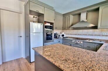 achat maison espagne rosas, 200 m² 5 chambres, cuisine américaine aménagée et équipée