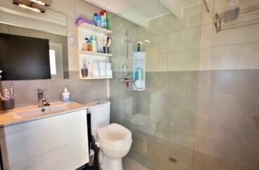 roses santa margarida: villa 3 chambres, salle d'eau avec wc