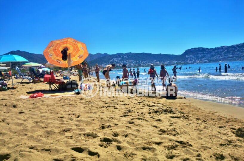agence immobilière costa brava: villa 2 pièces 81 m², baie de roses avec ses nombreuses plages à proximité