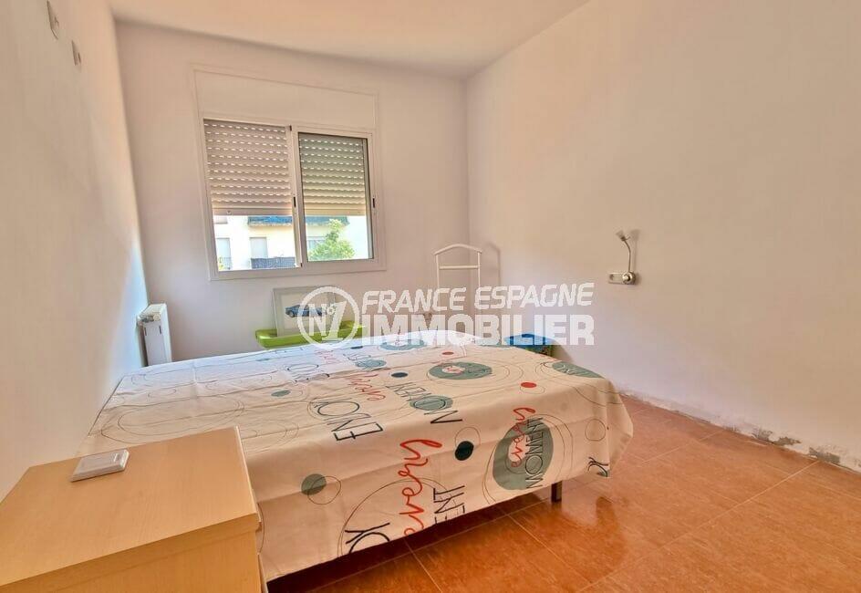 villa a vendre a rosas, 200 m² 5 chambres, seconde chambre claire