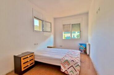 acheter maison rosas, 200 m² troisième chambre sur 5 avec deux fenêtres