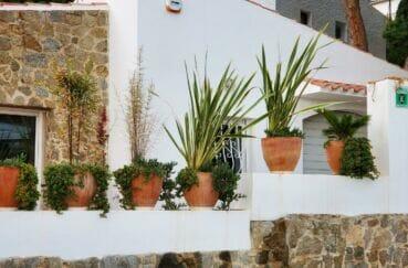 acheter maison costa brava, 3 chambres 140 m², quartier prisé à 100 m de la plage de rosas