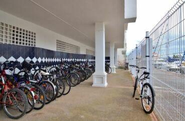 appartement a vendre rosas espagne, 2 pièces 48 m², avec emplacements pour les vélos dans la résidence