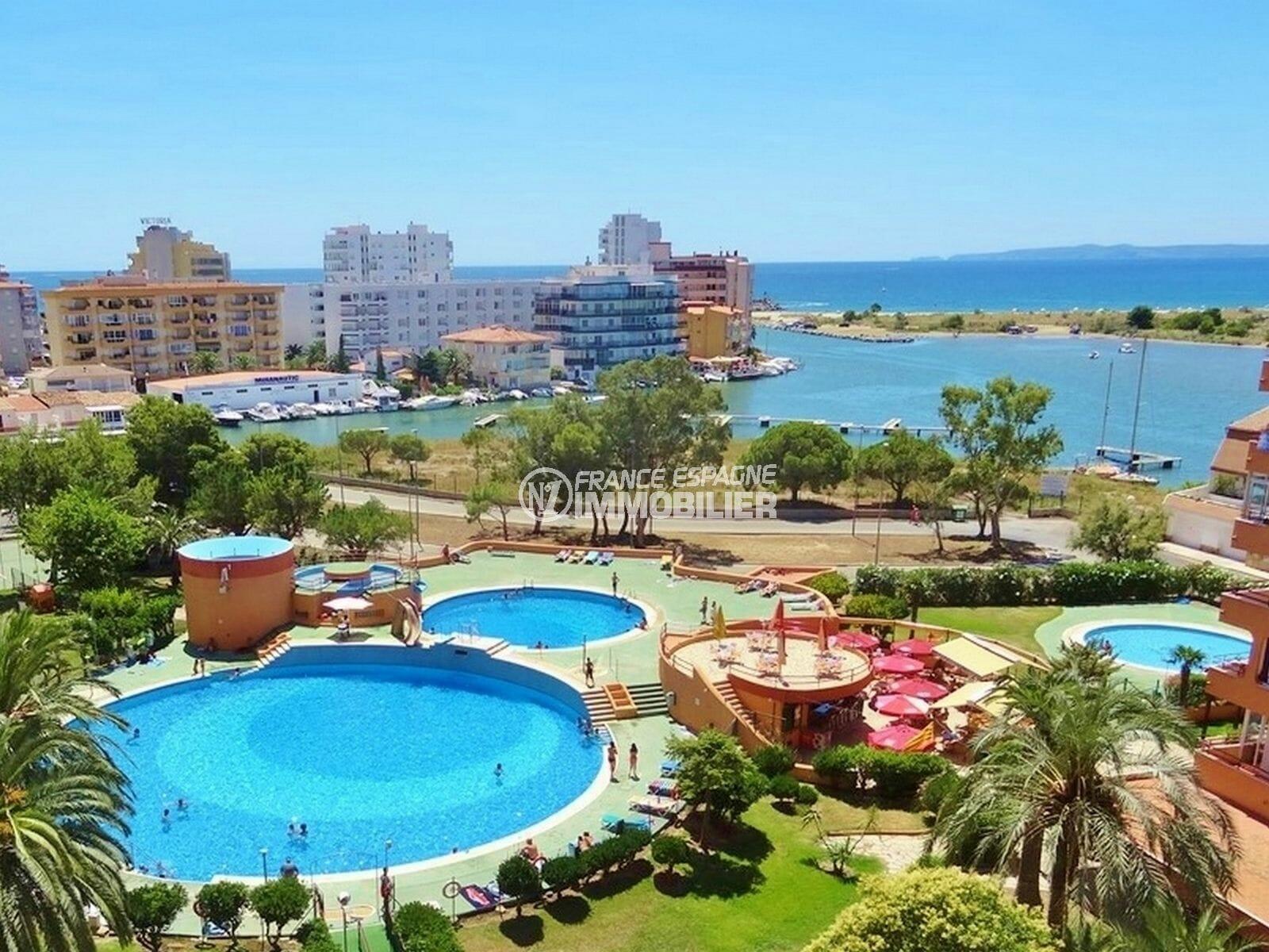 appartement a vendre rosas, 2 pièces 62 m² dans belle résidence avec piscine, jacuzzi, tennis et local à vélos. proche plage et commerces