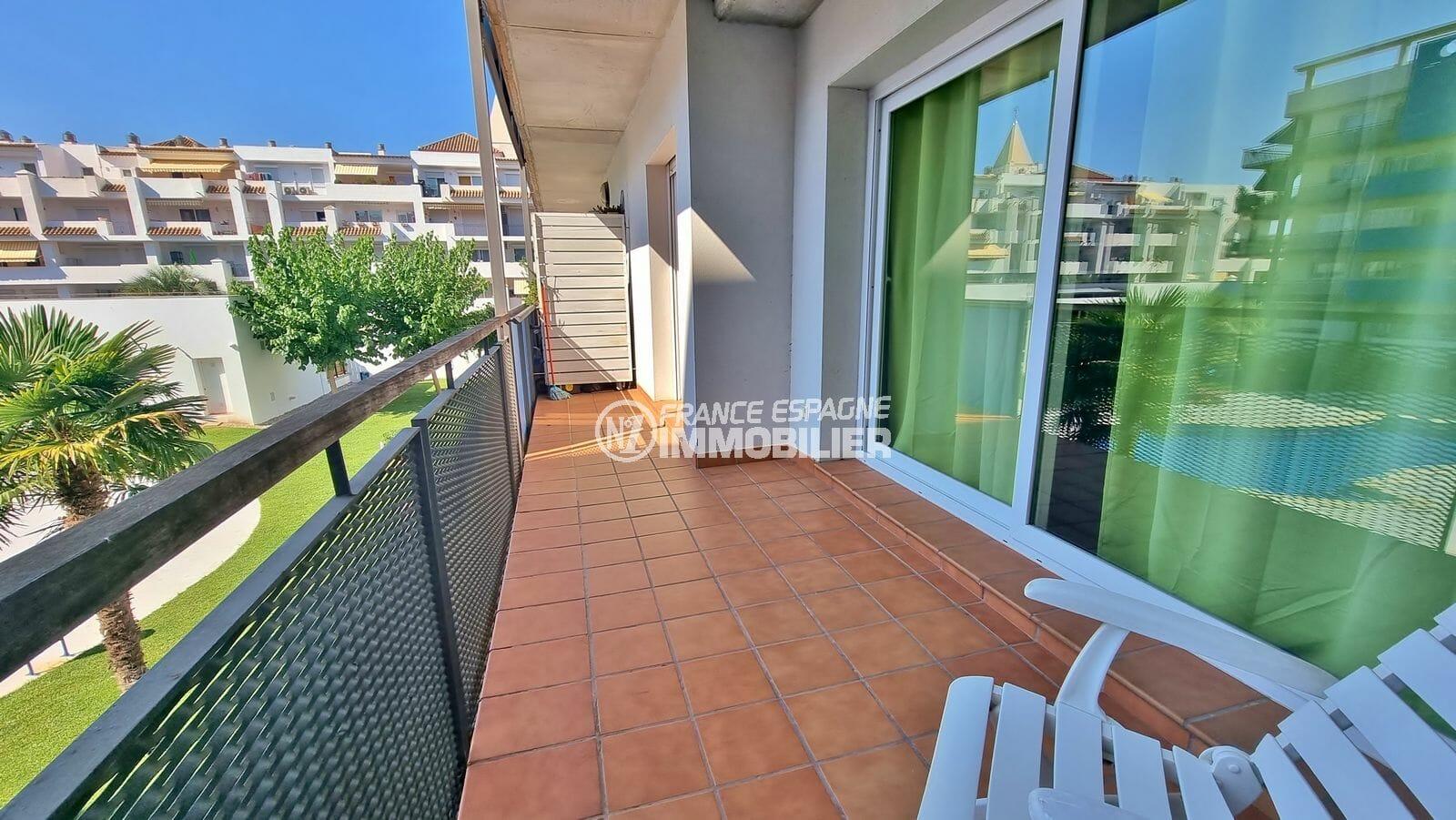 immobilier espagne pas cher: appartement 2 pièces 56 m², terrasse 9 m² avec piscine communautaire, proche plage et commerces