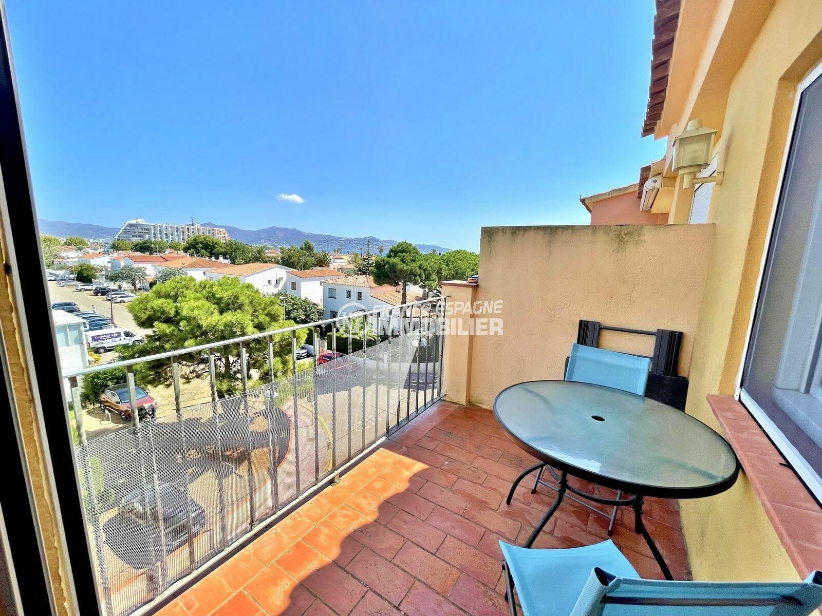 appartement a vendre empuriabrava, 2 pièces atico 42 m², balcon et terrasse solarium vue mer