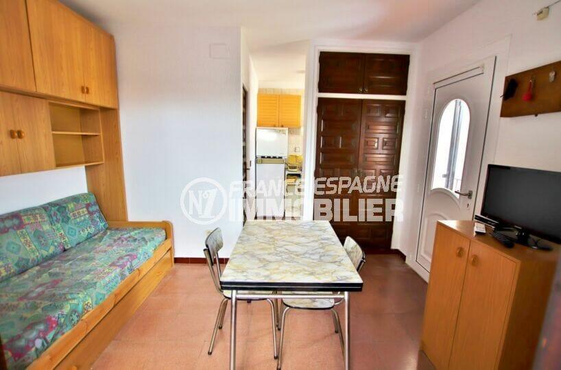 appartement a vendre a rosas, studio 36 m², salon/séjour avec coin cuisine, terrasse