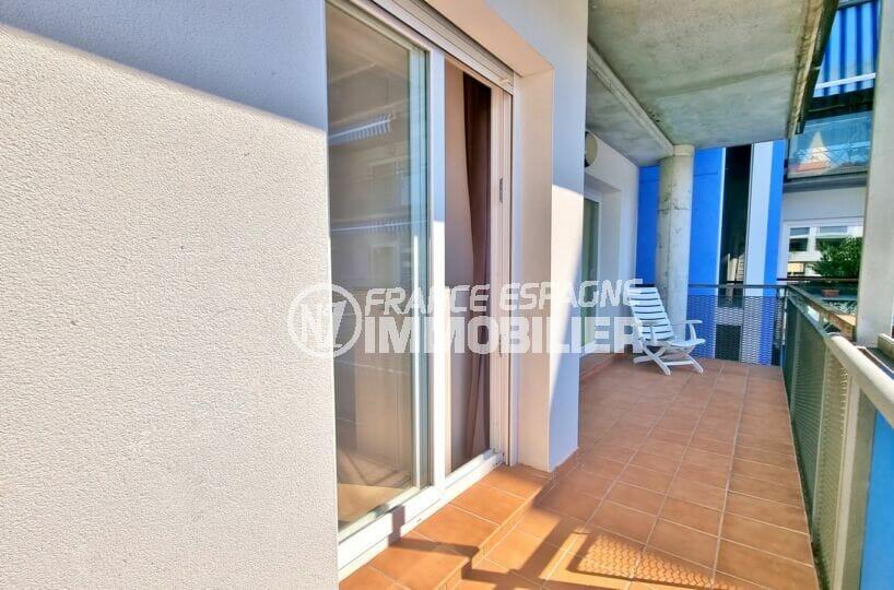 immo center rosas, 2 pièces 56 m², salon/séjour avec terrasse de 9 m², exposition sud