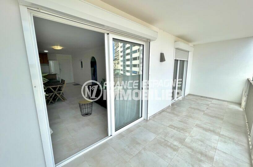 acheter appartement empuriabrava, 3 pièces vue mer 69 m², terrasse avec applique murale extérieure
