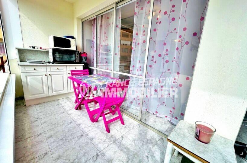 appartements a vendre a rosas, 2 pièces 59 m², terrasse aménagée, table chaises