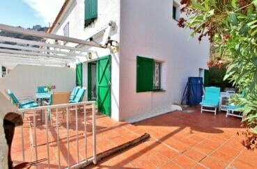 achat maison espagne costa brava, 2 chambres 62m², terrasse avec barbecue et pergola