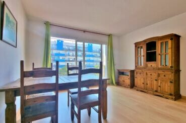 achat appartement espagne pas cher, 2 pièces 56 m², séjour lumineux avec terrasse de 9 m²