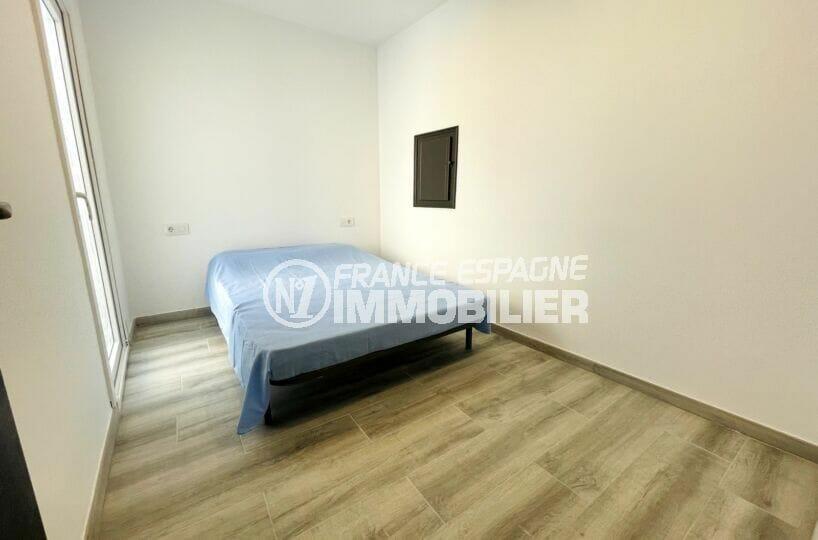 achat villa rosas espagne, 3 chambres 102 m², 2° chambre à coucher lumineuse