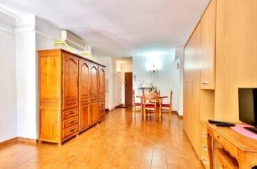 immobilier espagne pas cher: studio 37 m², salon/séjour avec climatisation