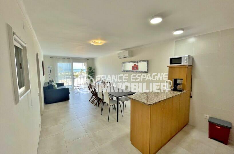 appartement à vendre empuriabrava, 3 pièces vue mer 69 m², coin cuisine, petit bar ou passe-plats