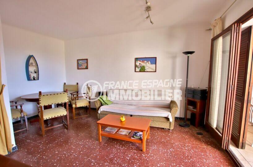 achat appartement rosas, 2 chambres 75 m², salon/salle à manger lumineux, exposition sud