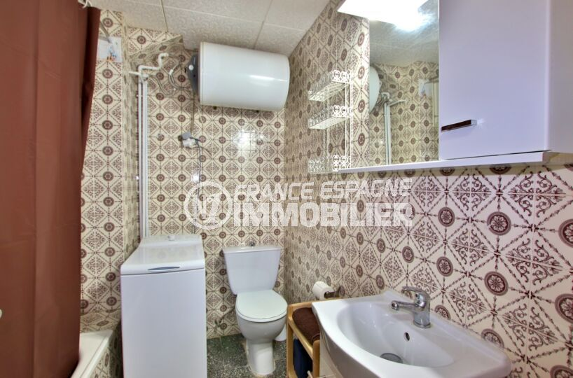 appartement à vendre à rosas espagne, 27 m², salle de bain avec baignoire et wc