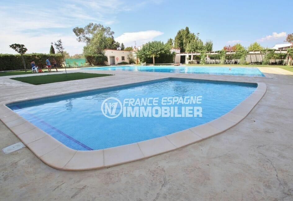 appartement à vendre rosas, 27 m², résidence avec piscine, vue dégagée