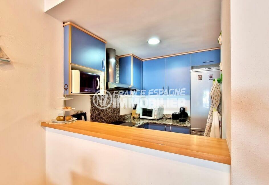 appartement à vendre rosas, 3 pièces 68 m², cuisine américaine aménagée et équipée