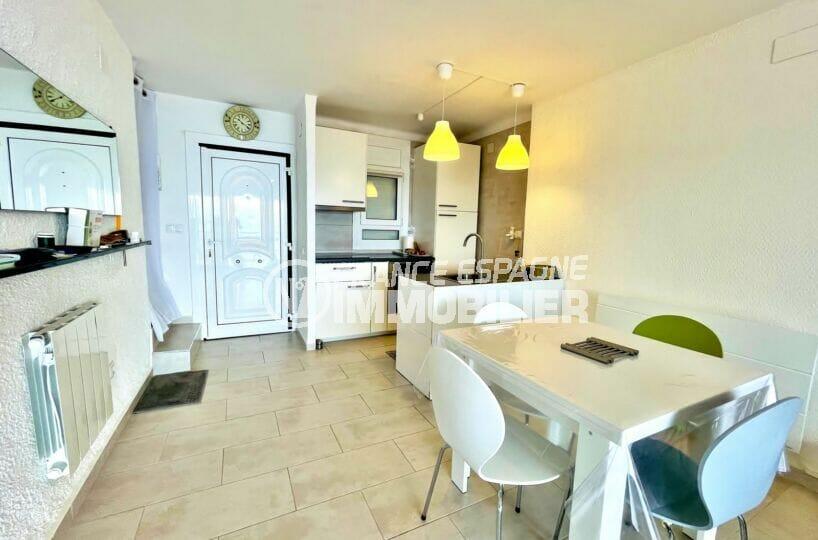 vente immobilier rosas espagne: villa 2 chambres 71m², cuisine ouverte aménagée et équipée