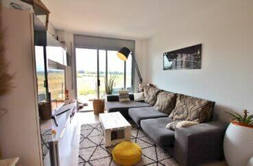 achat appartement empuriabrava, 2 chambres 71 m², accès première terrasse depuis le séjour