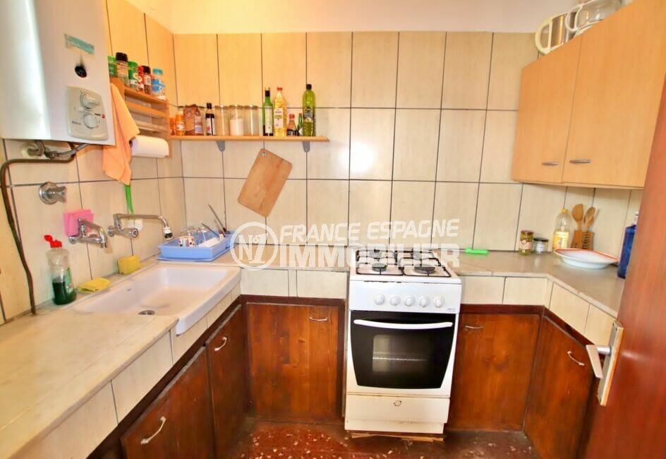 appartement à vendre rosas, 2 chambres 75 m², cuisine indépendante aménagée