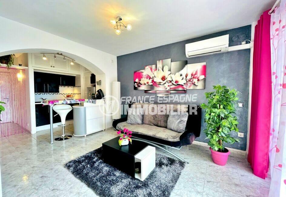 appartement à vendre rosas, 2 pièces 59 m², salon/salle à manger avec climatisation