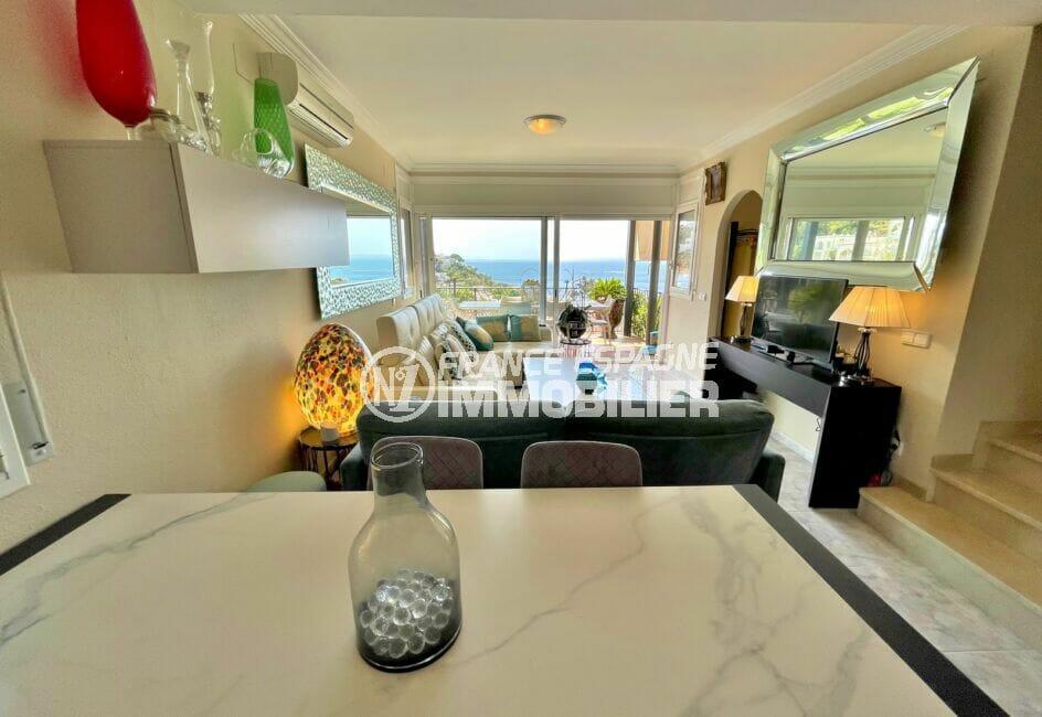 maison a vendre rosas vue mer, 3 chambres 124 m², séjour salle à manger vue mer