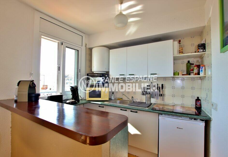 appartement à vendre empuriabrava, 2 pièces 41 m², cuisine équipée de plaques et lave-vaisselle