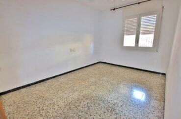 immo roses house: appartement 3 pièces 67 m², chambre à coucher avec ventilateur plafond