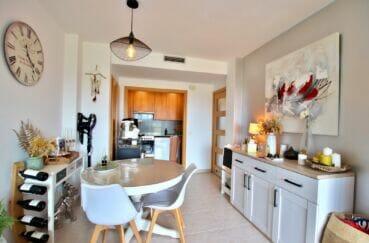appartement à vendre à empuriabrava, 2 chambres 71 m², espace repas et cuisine ouverte