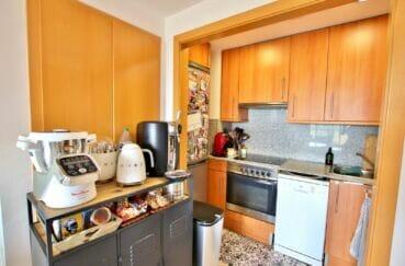 appartement à vendre empuriabrava, 2 chambres 71 m², cuisine ouverte aménagée et équipée